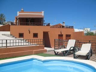 Tenerife Rural house with private pool, sea views, BBQ and wifi