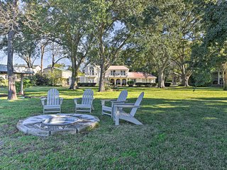 NEW-Luxurious House on Lake Conroe w/Pvt Boat Dock