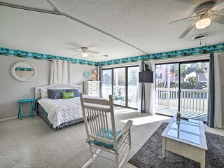 NEW! Studio w/Balcony - Block from Surfside Beach!