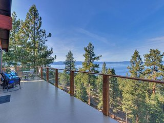 Stunning View of Lake Tahoe, Zephyr Cove Luxury, amazing chefs kitchen(ZC634)