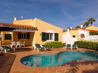Villa Linardo 2 | AireAcondicionado, a 200m de la playa y a 1,5Km de Ciudadela.
