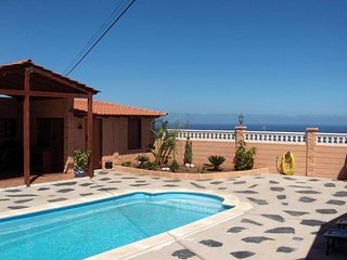 wooden house with private pool in Tenerife South