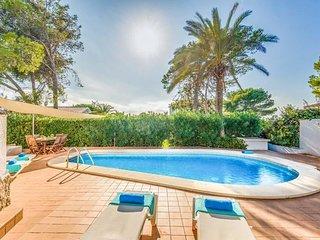 San Jaime Mediterraneo Villa Sleeps 4 with Pool Air Con and WiFi