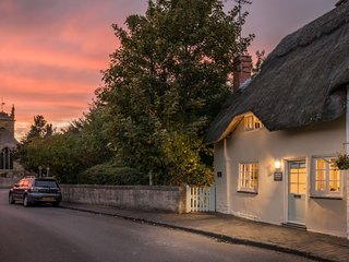 Old Fox Cottage, Bretforton, Cotswolds - Sleeps 4, Cotswolds, Walks & Pubs on Do