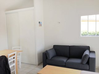 2 bedroom Apartment in Biscarrosse-Plage, Nouvelle-Aquitaine, France : ref 55584