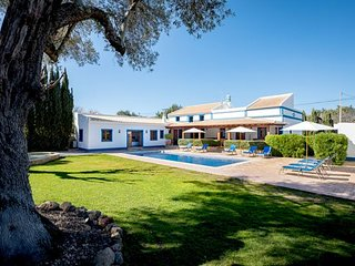 4 bedroom Villa in Aroal, Faro, Portugal : ref 5238923