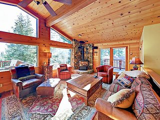 Spacious Home w/ Gorgeous Forested Views, Pool Table, Private Hot Tub & Deck