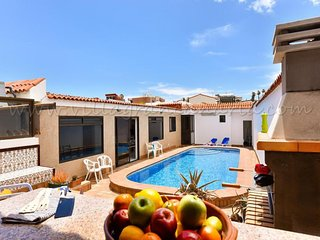 4 bedroom Villa in Melenara, Canary Islands, Spain : ref 5625543