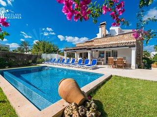 Villa Mari Pili,para 12 personas a unos 200m de la playa Cala Marsal,Porto Colom