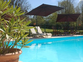 Le Logis du Pressoir, Le Petit Logis self-catering gite and B&B available.