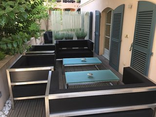 Bel appartement avec terrasse privative a Saint-Tropez