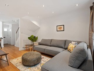 Gorgeous 4bed 2bath house, Archway, 5min to tube