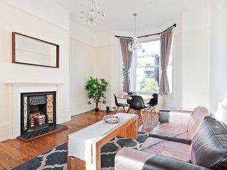 Refined 2 Bed flat, sleeps 3 in Hampstead Heath