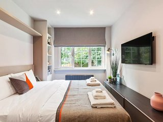Modern Studio Flat w/King-size Bed in Camden Town