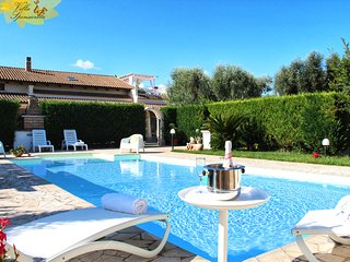 LAST MINUTE - Casa Country with Private Pool and Garden - 3 Bedrooms