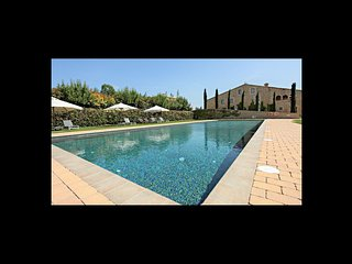 7 bedroom Villa in Banyoles, Catalonia, Spain : ref 5623096