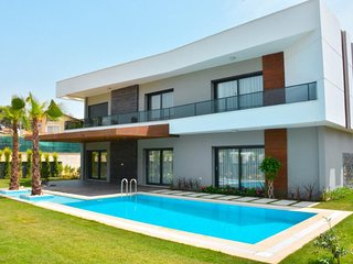 Luxurious Villa Oasis 1 || Summer enjoyment for you and the family
