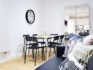 Crownhill Apartment (10B)