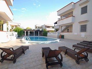 Residence in Torre Santa Sabina ID 658