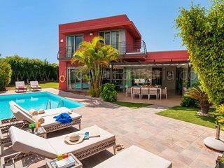 3 bedroom Villa in El Salobre, Canary Islands, Spain - 5622140