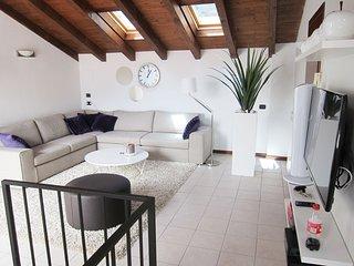 Luxe appartement direct aan het Comomeer