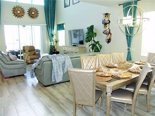 SPECIAL OFFER Paradise Home By The Lake, Near Disney and Outlets