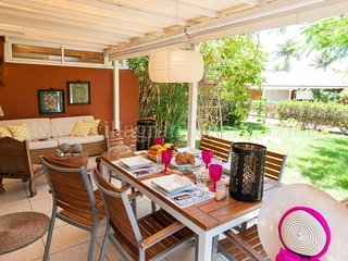 2 bedroom Villa with Pool, Air Con and WiFi - 5622065