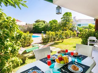 3 bedroom Villa with Pool and WiFi - 5622068
