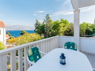 Villa Ljubas - Two Bedroom Apartment with Terrace and Sea View (Stella)