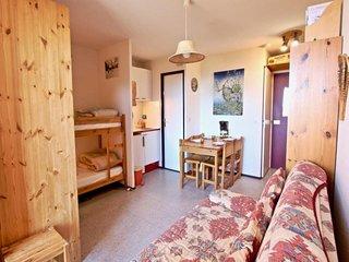 Studio cabine 4 places au pied des piste avec belle vue vallee.