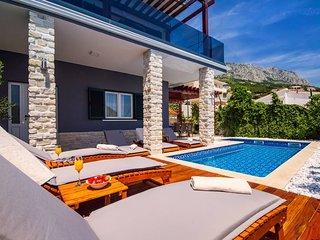 Villa Jasmina with heated pool