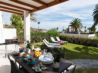 3 bedroom Villa in San Agustin, Canary Islands, Spain - 5622033