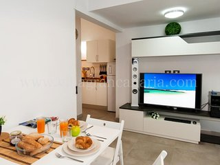 1 bedroom Apartment with Air Con, WiFi and Walk to Shops - 5622093