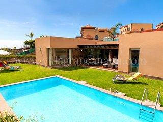 3 bedroom Villa in El Salobre, Canary Islands, Spain - 5622125