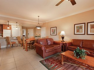 Just 1 Mile from Disney w/ 14 Resort Pools, Mini-Golf & Shuttle to Select Parks