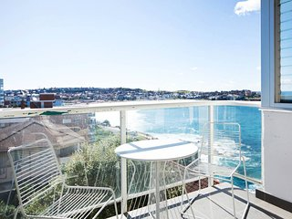 Panoramic Views of Bondi Beach BB24