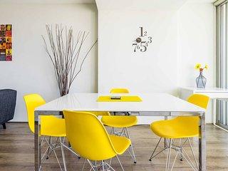 Stylish, Modern Apartment in Trendy Darlinghurst