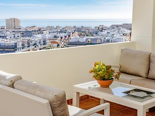 PDM-Apartment with fantastic vews Estepona