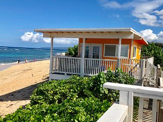 Beach Front Orange Cottage Studio on the North Shore Mokuleia