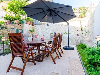 Holiday Home Avantgarde - Two Bedroom Holiday Home with Terrace and Sea View