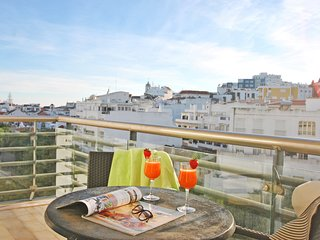 AMAZING APARTAMENT, CITY CENTER, AC, FREE WIFI