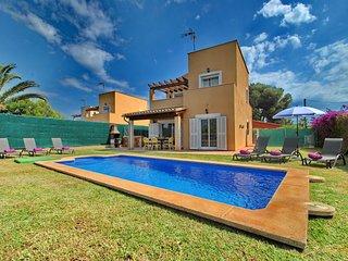 Beautiful Holiday House in Cala Murada
