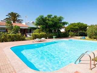 3 bedroom Villa with Pool and WiFi - 5666767