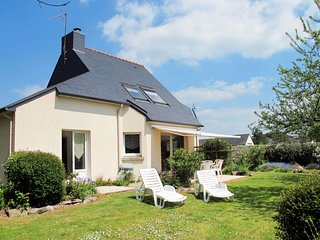 3 bedroom Villa in Penvins, Brittany, France - 5702238
