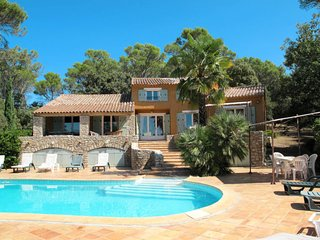 6 bedroom Villa in Entrecasteaux, Provence-Alpes-Cote d'Azur, France : ref 57021