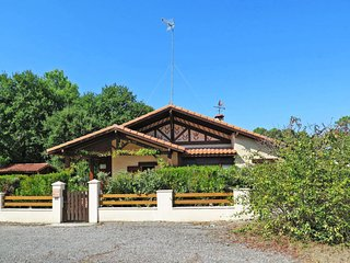 3 bedroom Villa in Port d'Albret, Nouvelle-Aquitaine, France - 5702283