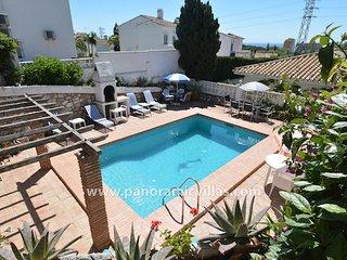 4 bedroom Villa in Sitio de Calahonda, Andalusia, Spain : ref 5700555