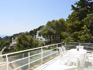 Begur Apartment Sleeps 6 with Pool - 5623694