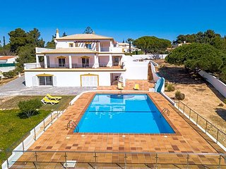 6 bedroom Villa in Carvoeiro, Faro, Portugal : ref 5700578