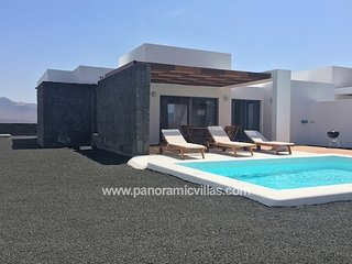 2 bedroom Villa in Playa Blanca, Canary Islands, Spain : ref 5700478